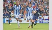 Kane nets brace as Spurs trounce Huddersfield