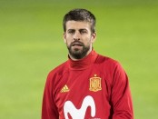 Barcelona to join Catalonia strike, Pique jeered in Madrid