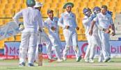 Herath spins Sri Lanka to fighting victory