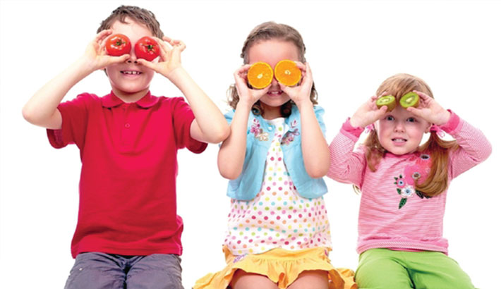 3 Ways to Get Your Kids to Eat More Fruit