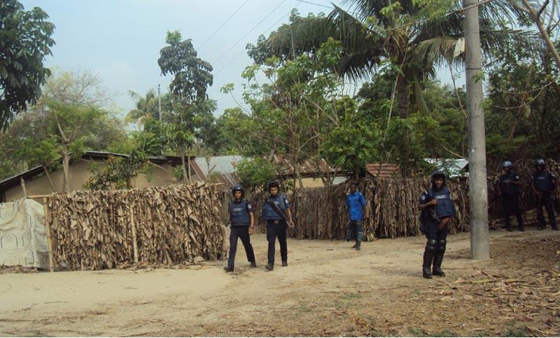 Police cordon off 'militant hideout' in Jessore