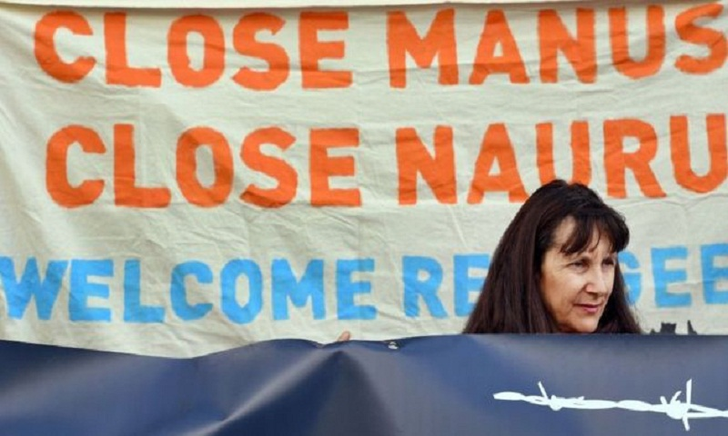 Australia offers Nauru detention to Manus refugees