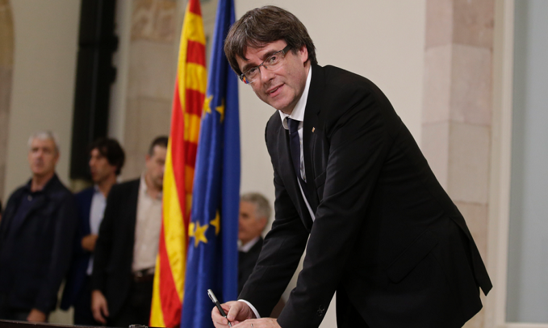 Spanish government meets on Catalonia crisis