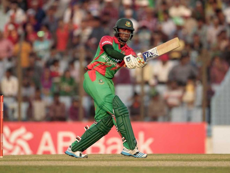 Shakib hits fifty, Bangladesh 184/5
