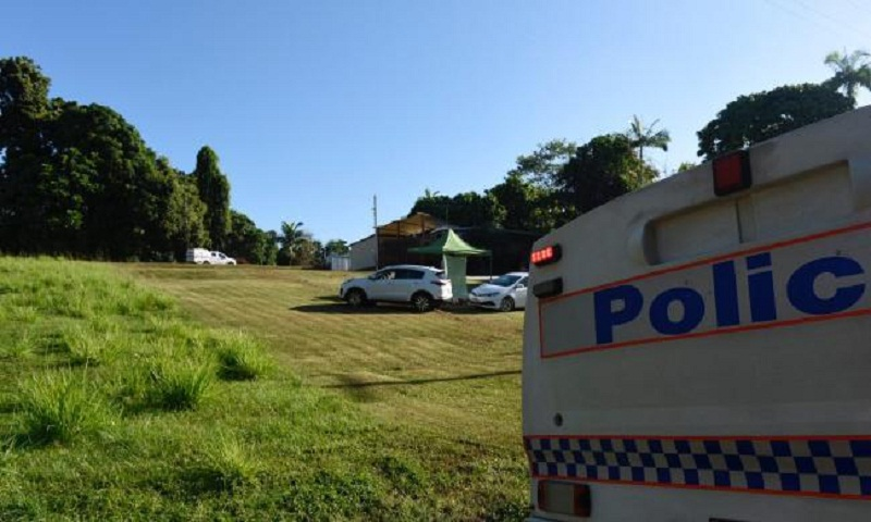 Australia skydiving: Three dead after 'mid-air collision'