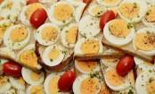 Cracking egg myths