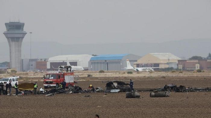 F18 military plane crash leaves pilot dead in Spain