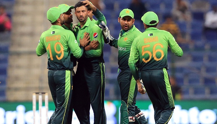 Babar, Shadab steer Pakistan to win in second ODI