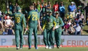 Brilliant De Villiers blows away Bangladesh
