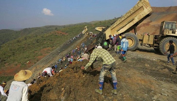 5 dead after Myanmar police clash with jade scavengers