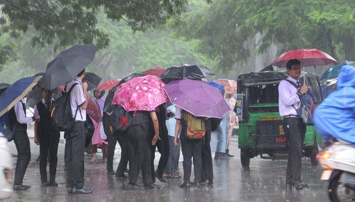 Heavy rainfall likely to continue in next 24 hours