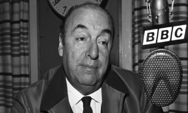 Chilean poet Pablo Neruda 'did not die of cancer', say experts