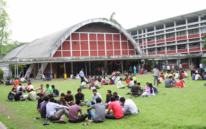 End all activities at TSC by 8pm: Dhaka University