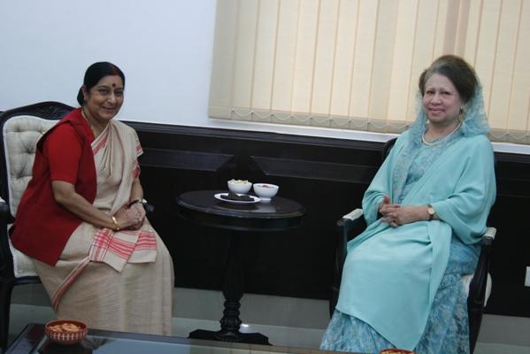 Sushma sits with Khaleda