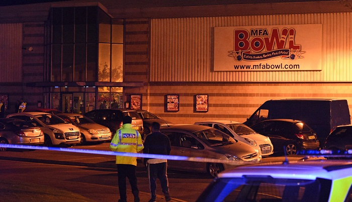 Hostages freed at British bowling alley, gunman arrested