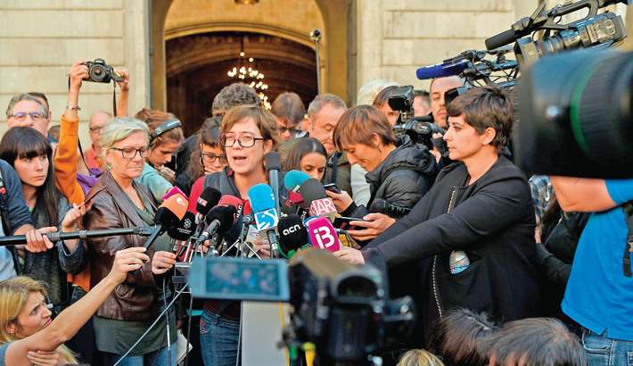 Spain to take control of Catalan institutions