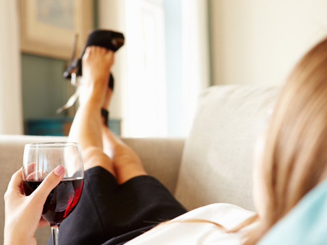 Weekly glass of wine may boost pregnancy chances: Study