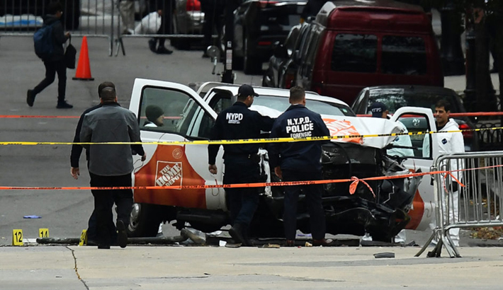 NY attacker linked to IS, 'radicalized domestically'
