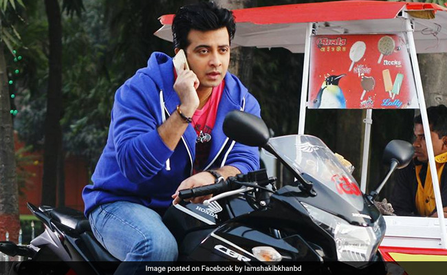 Auto-rickshaw driver sues Shakib Khan after his phone number used in movie