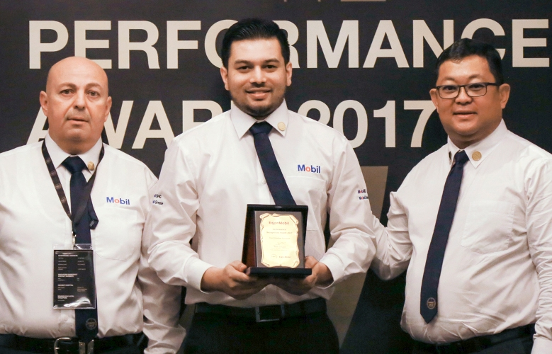 Syed G. Dastagir wins ExxonMobil's Performance Recognition Award 2017