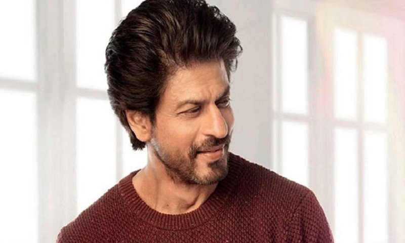 Shah Rukh Khan promises to learn Bangla by next year