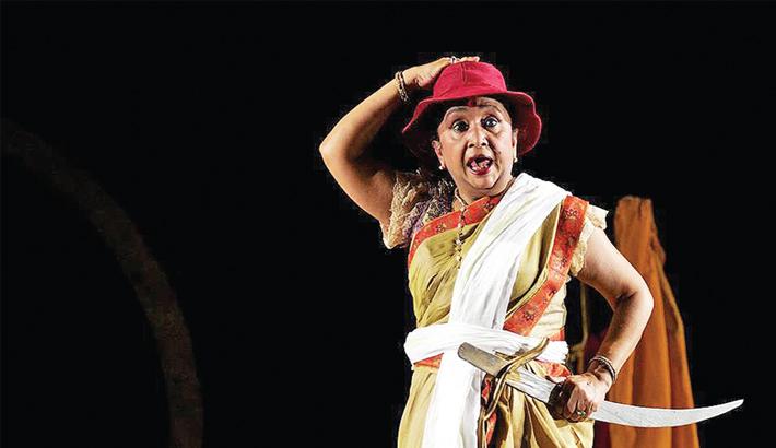 Binodini delights Mahila Samity audience