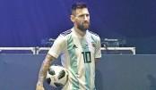 2018 FIFA World Cup ball 'Telstar 18' unveiled