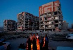 Iran-Iraq quake death toll rises to 210 (Video)