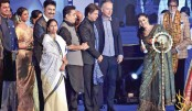 SRK promises to learn Bangla by next year