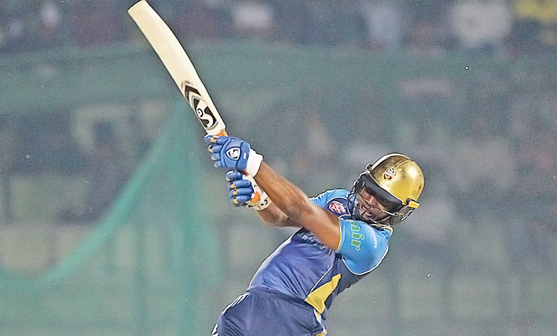Dhaka Dynamites beat Khulna Titans by 4 wickets