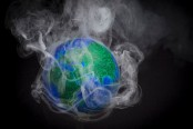 Global 2% rise in CO2 'giant leap backwards for humankind'