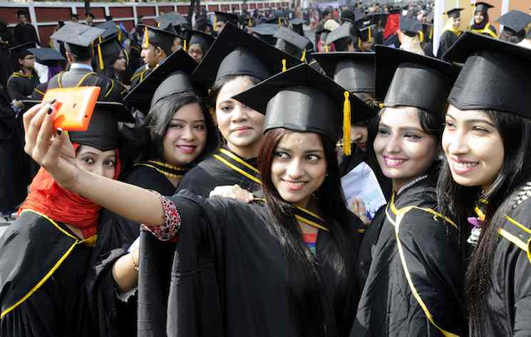 Bangladesh students in US reach all-time high with 9.7pc rise: Report