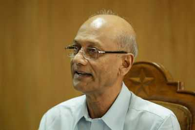 Teachers to face the music for mobile phone use in classrooms: Nahid