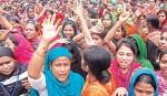 RMG workers stage demo in city demanding arrears