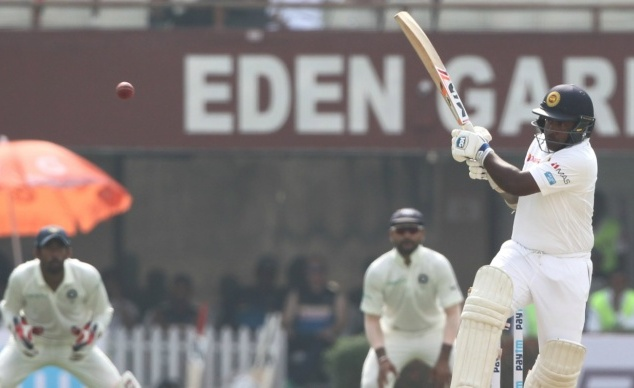 Sri Lanka 294 all out, lead India by 122 runs