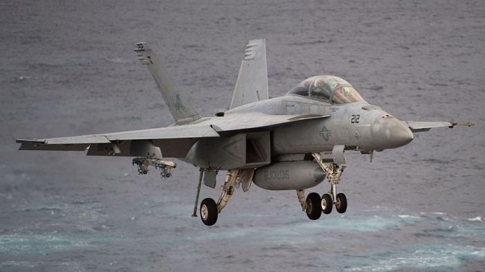 Washington skies see penis drawing by US Navy jet