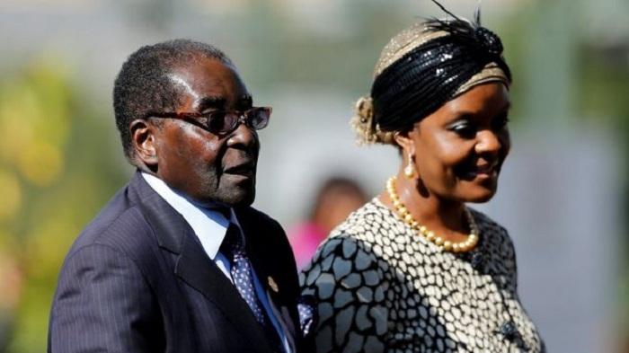 Mugabe 'let wife Grace usurp power'