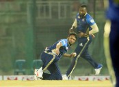 Shakib Al Hasan's fifer restricts Rangpur Riders at 142