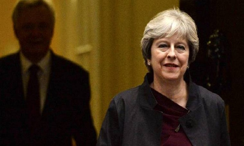 Waiting for Theresa May, Brussels eyes December Brexit deal