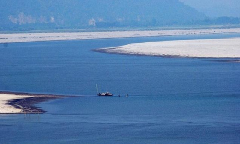 'China for more dams on Tibetan rivers instead of Brahmaputra'