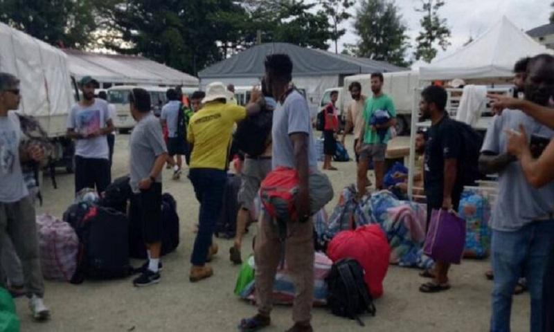 Manus Island: Australia confirms removal of asylum seekers