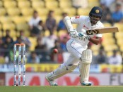 Sri Lanka struggle despite Karunaratne fifty