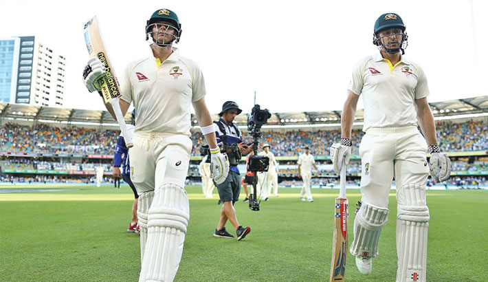 Smith leads Australia  recovery in Ashes