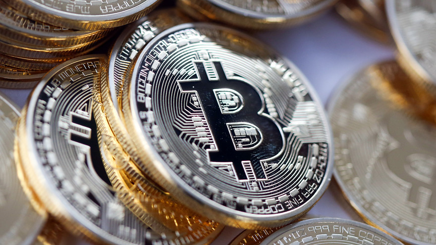Bitcoin, an 'Uber' currency, not without risk