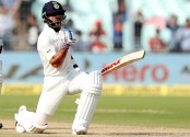 India 404-3 at lunch, lead Sri Lanka by 199 runs