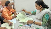 Tax offices face rush of taxpayers