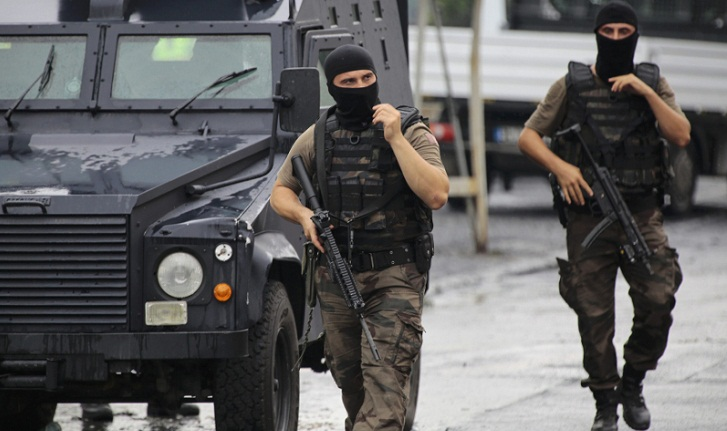 Turkey launches raid to arrest 333 soldiers over Gulen links