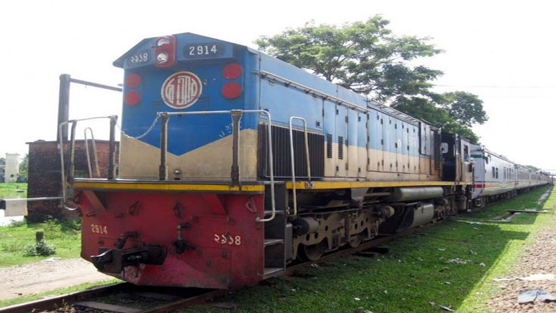 Derailment snaps Sylhet's rail link with Dhaka, Chittagong