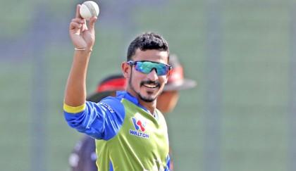 Nasir's five-wicket wrecks Vikings