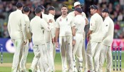 England hit back as Aussies build lead